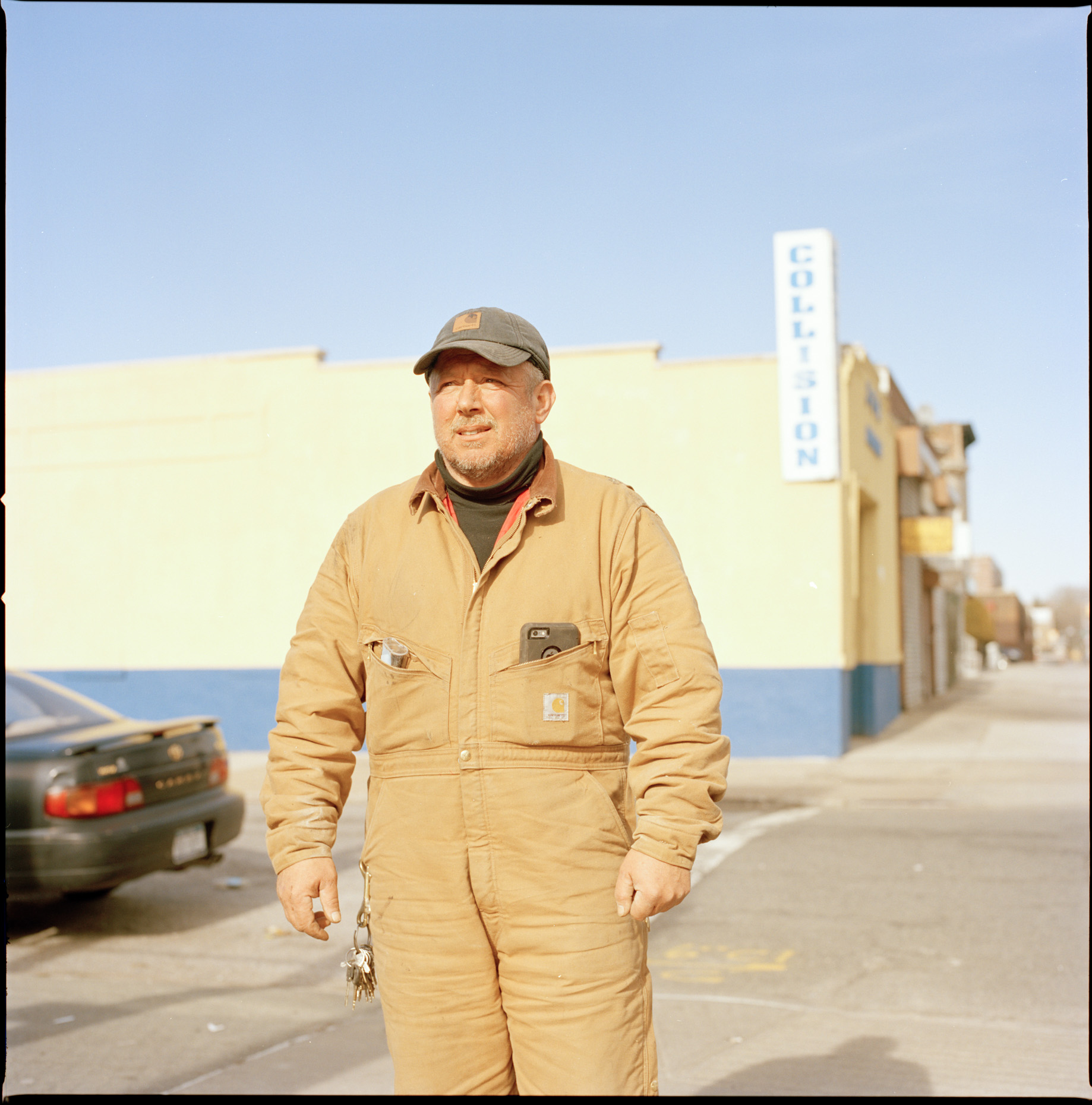 A Mechanic called Dave allows me to take his Portrait in Bensonhurst, Brooklyn.