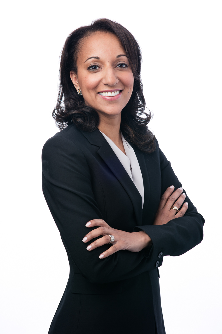 Business-Headshot of Nelly Xavier, senior vice president at Fiera Captial, New York City